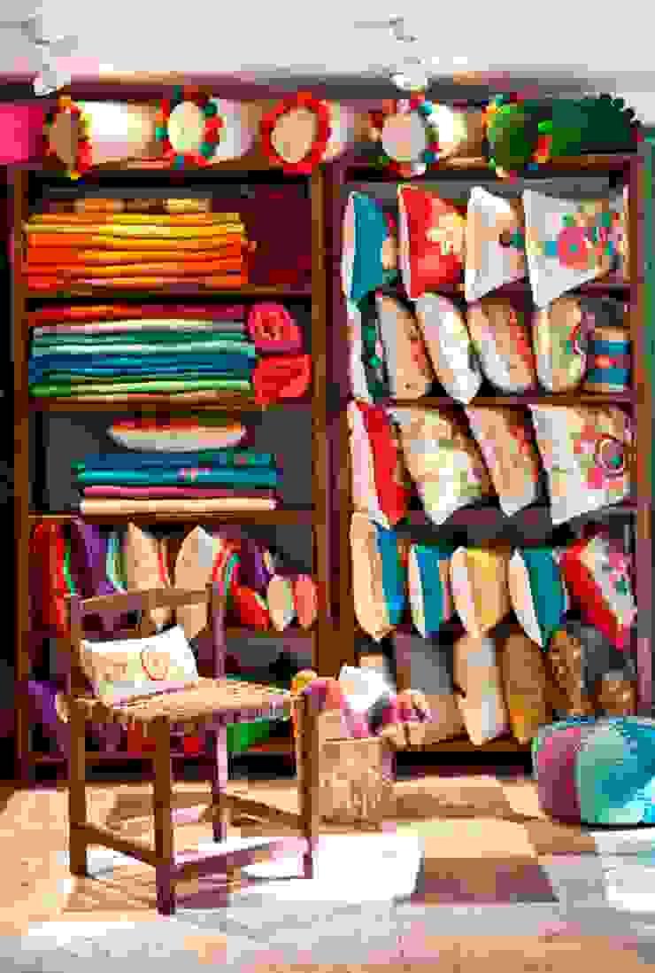 Nuestra casa de Tienda de Costumbres Clásico