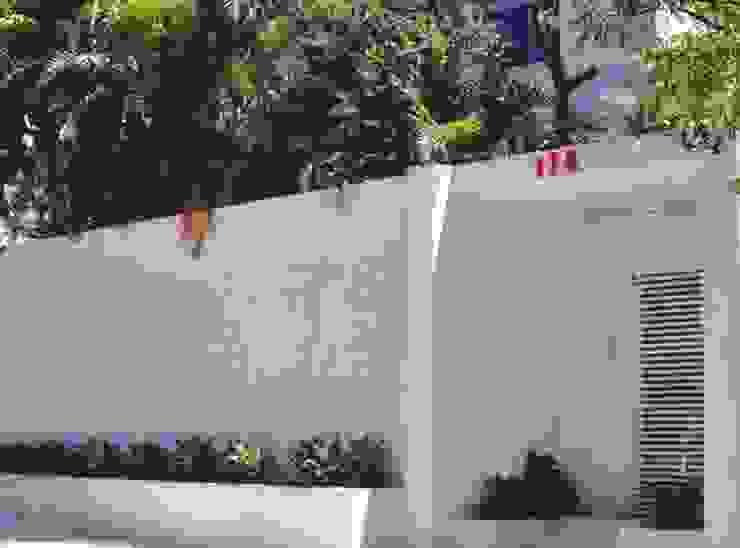 Fachada Casas minimalistas por Kika Prata Arquitetura e Interiores. Minimalista