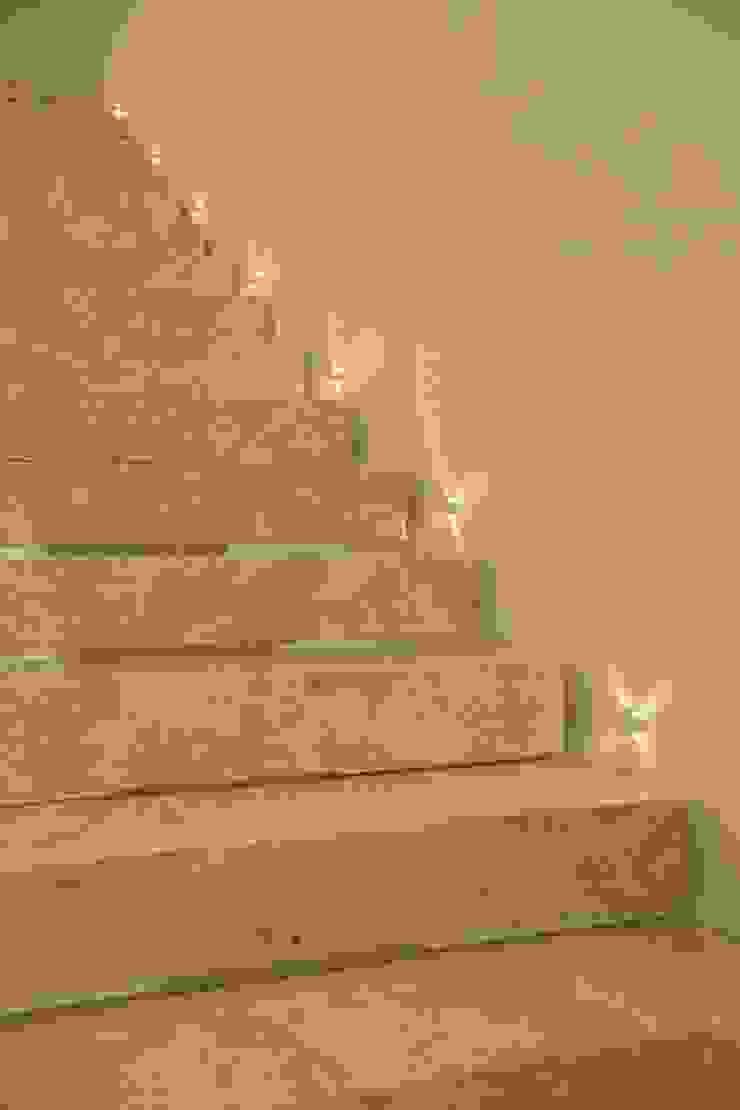 RESIDÊNCIA A.D Corredores, halls e escadas ecléticos por BOULEVARD ARQUITETURA Eclético Mármore