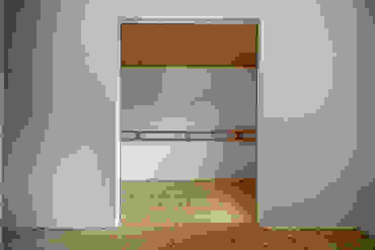 池田町の平屋 モダンスタイルの寝室 の スペースワイドスタジオ モダン
