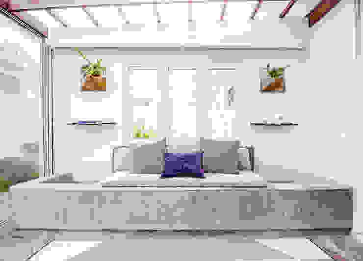 Eklektyczne domy od SZTUKA Laboratorio Creativo de Arquitectura Eklektyczny