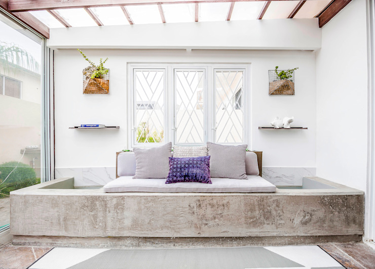 Eclectic style houses by SZTUKA Laboratorio Creativo de Arquitectura Eclectic