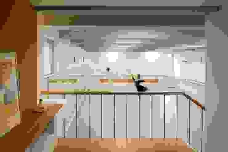 三鷹の家 向山建築設計事務所 モダンデザインの ホームジム