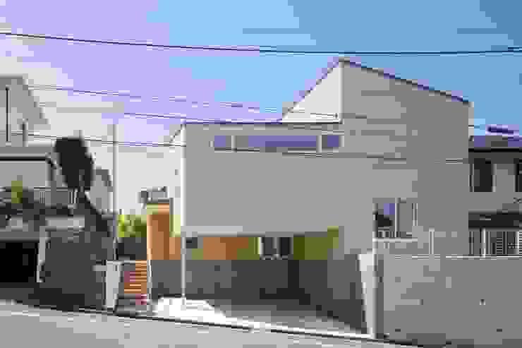 片瀬山の家Ⅱ モダンな 家 の 向山建築設計事務所 モダン