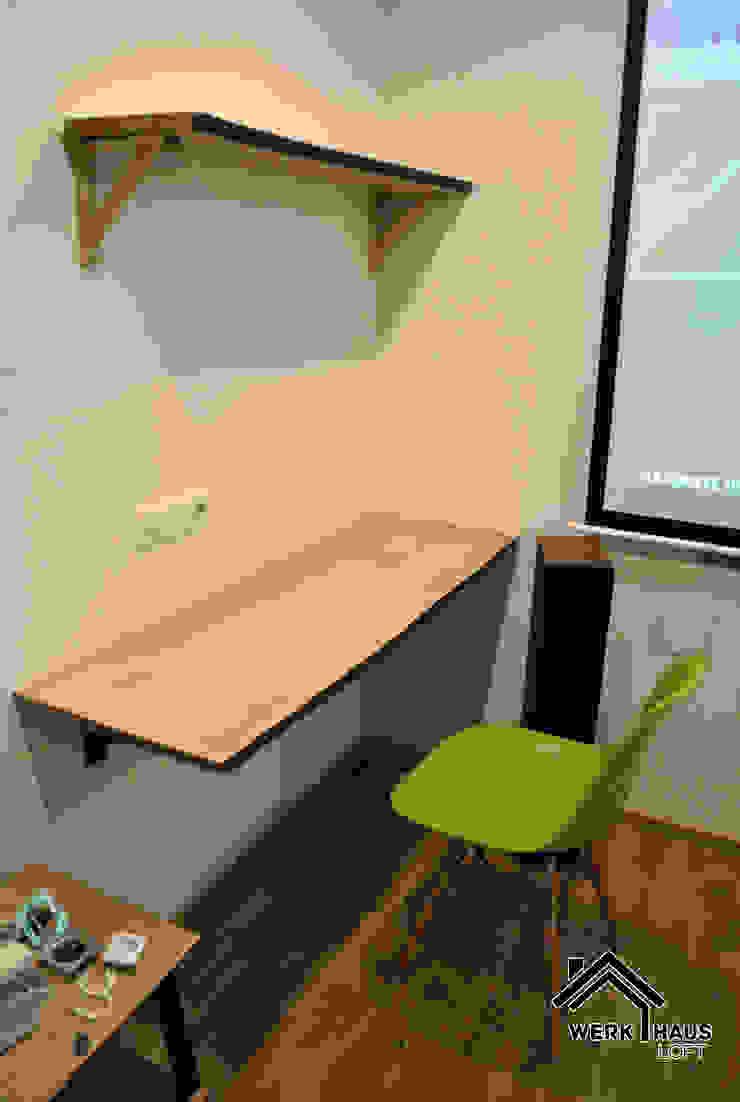 Стол и полка с LED подсветкой от Werk Haus SPB Лофт Дерево Эффект древесины