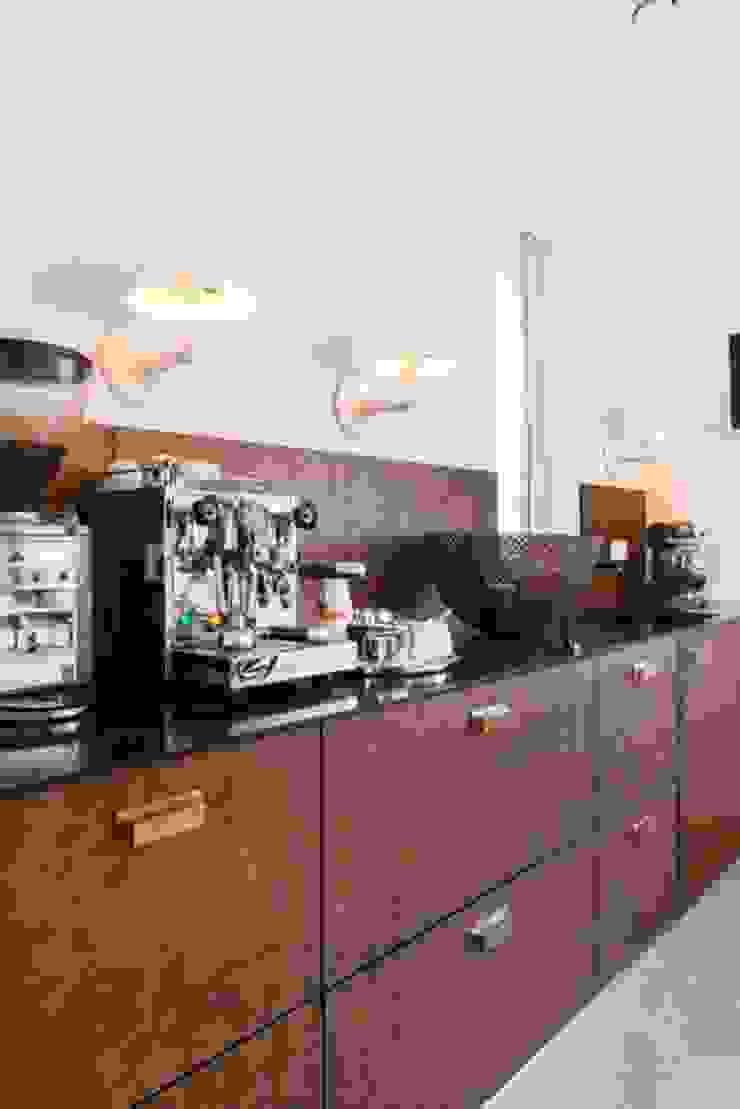 Pantry Moderne eetkamers van SMEELE Ontwerpt & Realiseert Modern