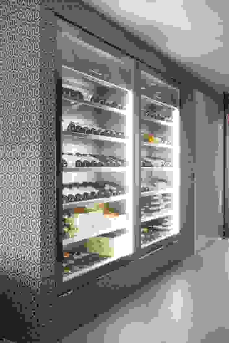 Wijnkasten Moderne wijnkelders van SMEELE Ontwerpt & Realiseert Modern