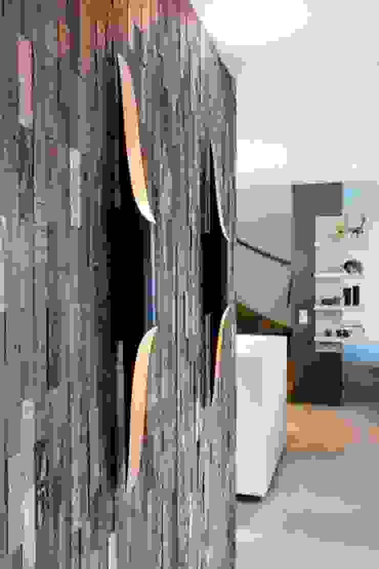 Detail armaturen Moderne woonkamers van SMEELE Ontwerpt & Realiseert Modern