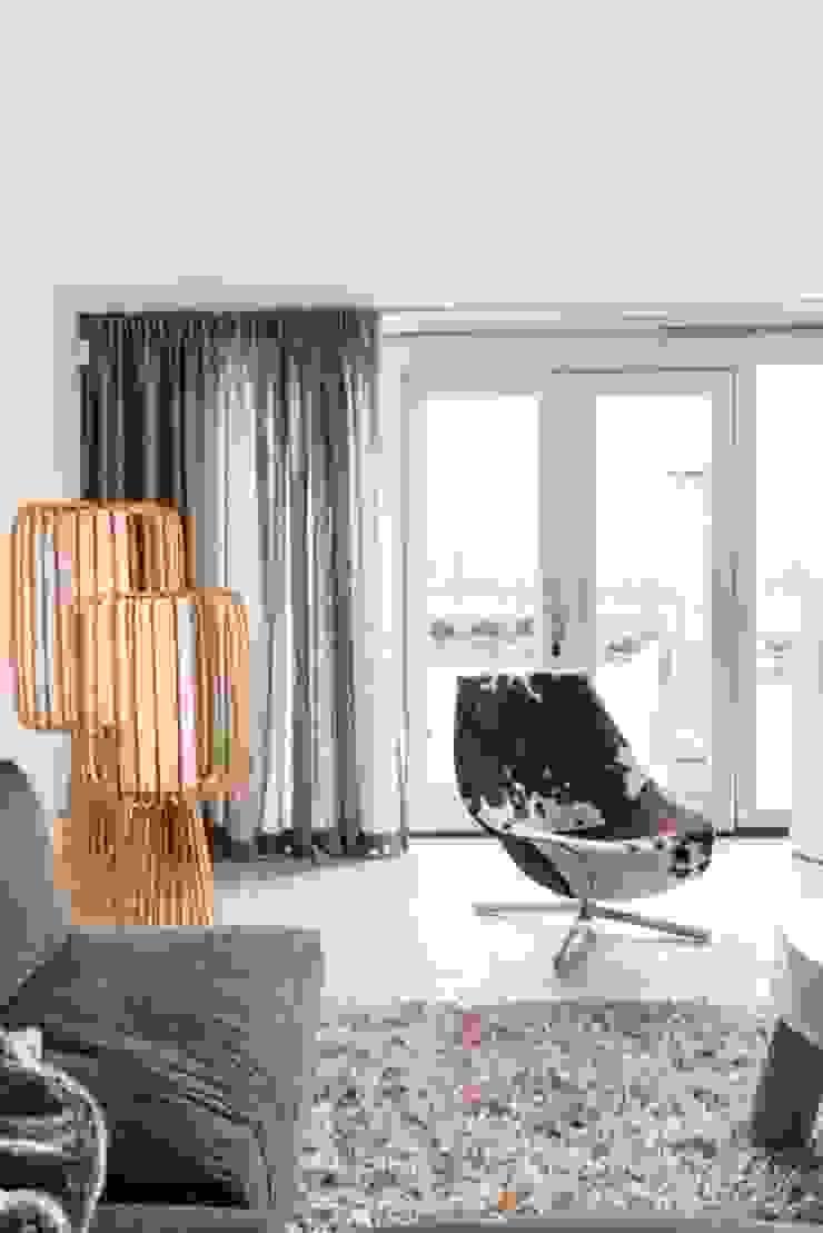 Woonruimte Moderne woonkamers van SMEELE Ontwerpt & Realiseert Modern
