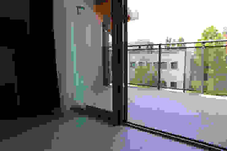 Balcones y terrazas de estilo minimalista de PROJECT AB Minimalista