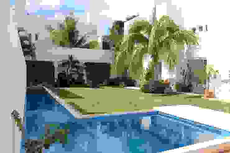 Casa habitacion en en Cozumel Quintana Roo: Casas de estilo  por A2 HOMES SA DE CV, Minimalista