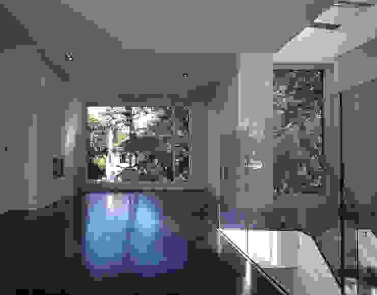 Communal Gardens, London Koridor & Tangga Modern Oleh Bowles & Wyer Modern