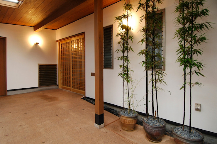 Asian style houses by shu建築設計事務所 Asian Wood Wood effect