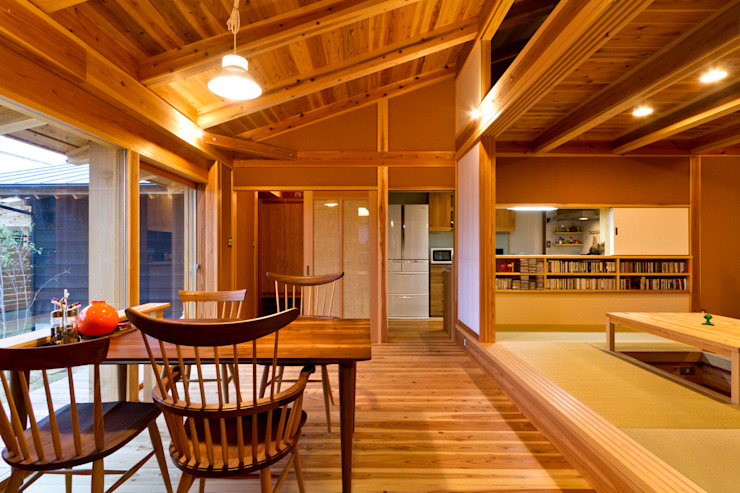 shu建築設計事務所 Modern dining room Wood Wood effect