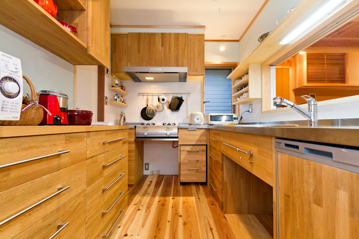 Dapur Modern Oleh shu建築設計事務所 Modern Kayu Wood effect