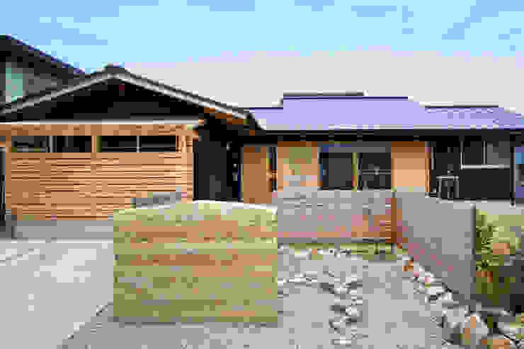shu建築設計事務所 Rumah Modern Kayu Wood effect