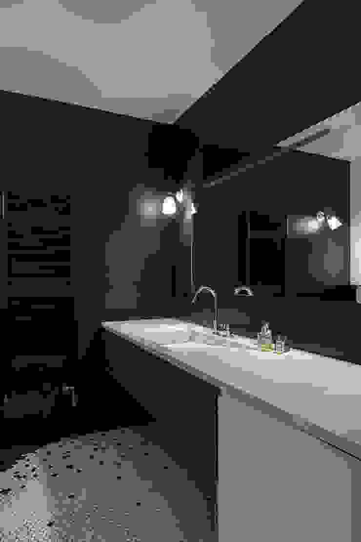 Agence Glenn Medioni ห้องน้ำ