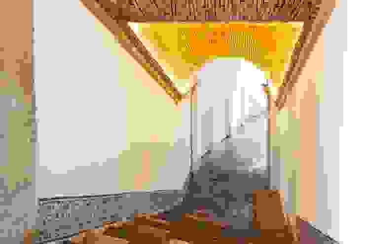 Main entrance por Andre Espinho Arquitectura Minimalista