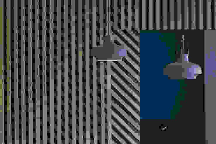 Moderne muren & vloeren van Agence Glenn Medioni Modern
