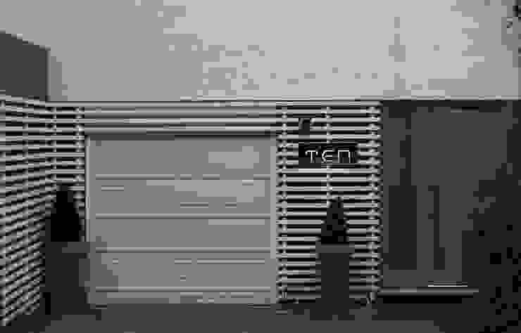 Chiswick Quay Modern garage/shed by Rousseau Modern