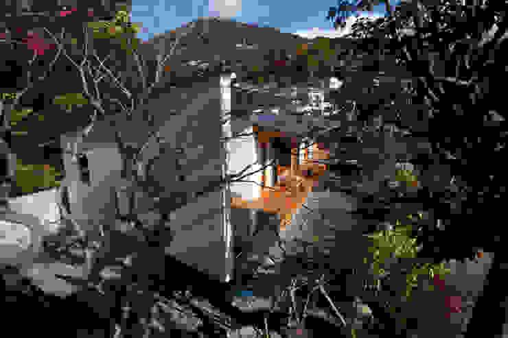 atami kk-house モダンな 家 の 株式会社コヤマアトリエ一級建築士事務所 モダン