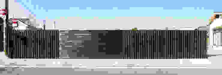 saga iy-house: 株式会社コヤマアトリエ一級建築士事務所が手掛けた家です。,モダン