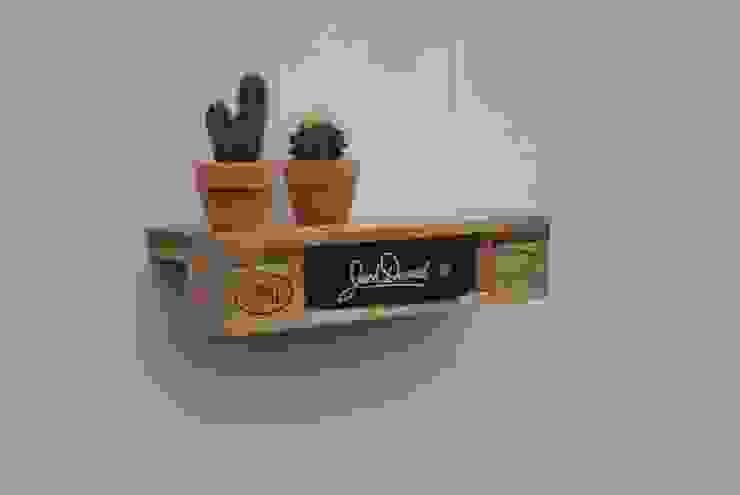 de estilo  por IrekHolzArt, Moderno Madera Acabado en madera
