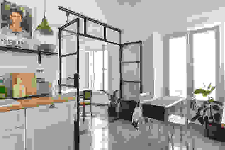 Cucina Cucina in stile classico di 02A Studio Classico