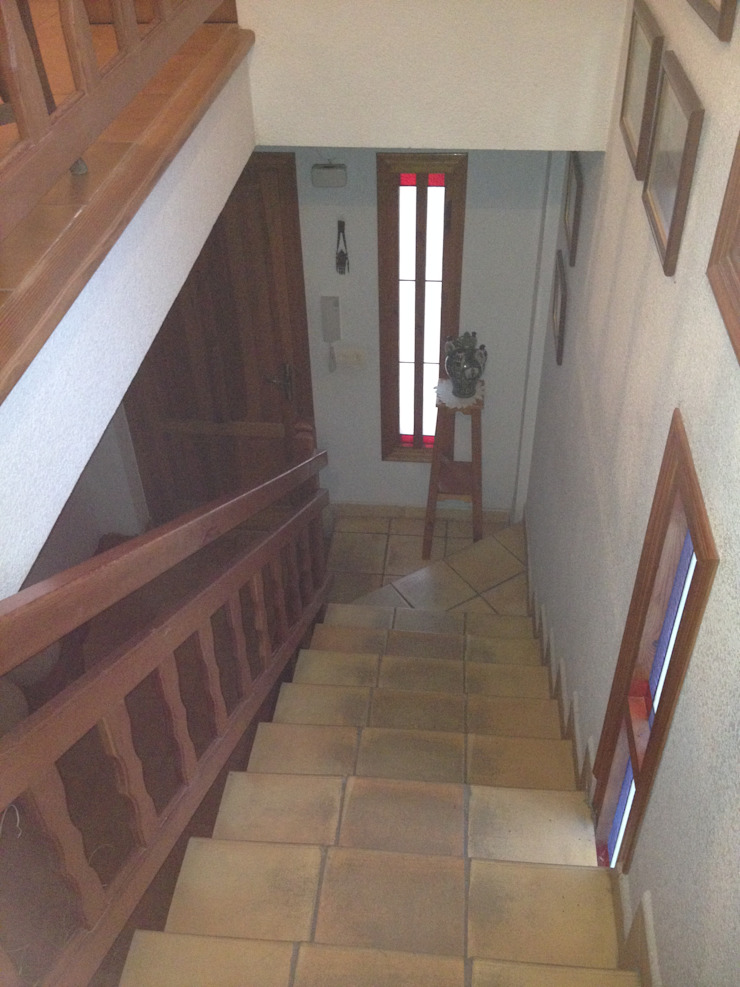 acertus Modern Corridor, Hallway and Staircase