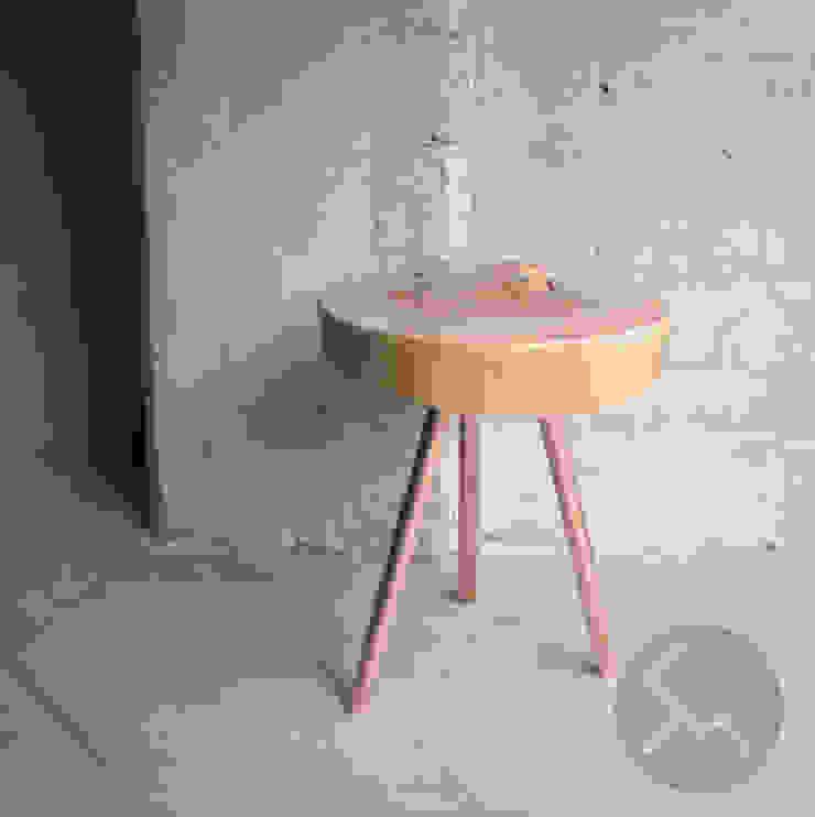 STOLIK No.14 Cu od Studio Minimal Meble Nowoczesny Drewno O efekcie drewna