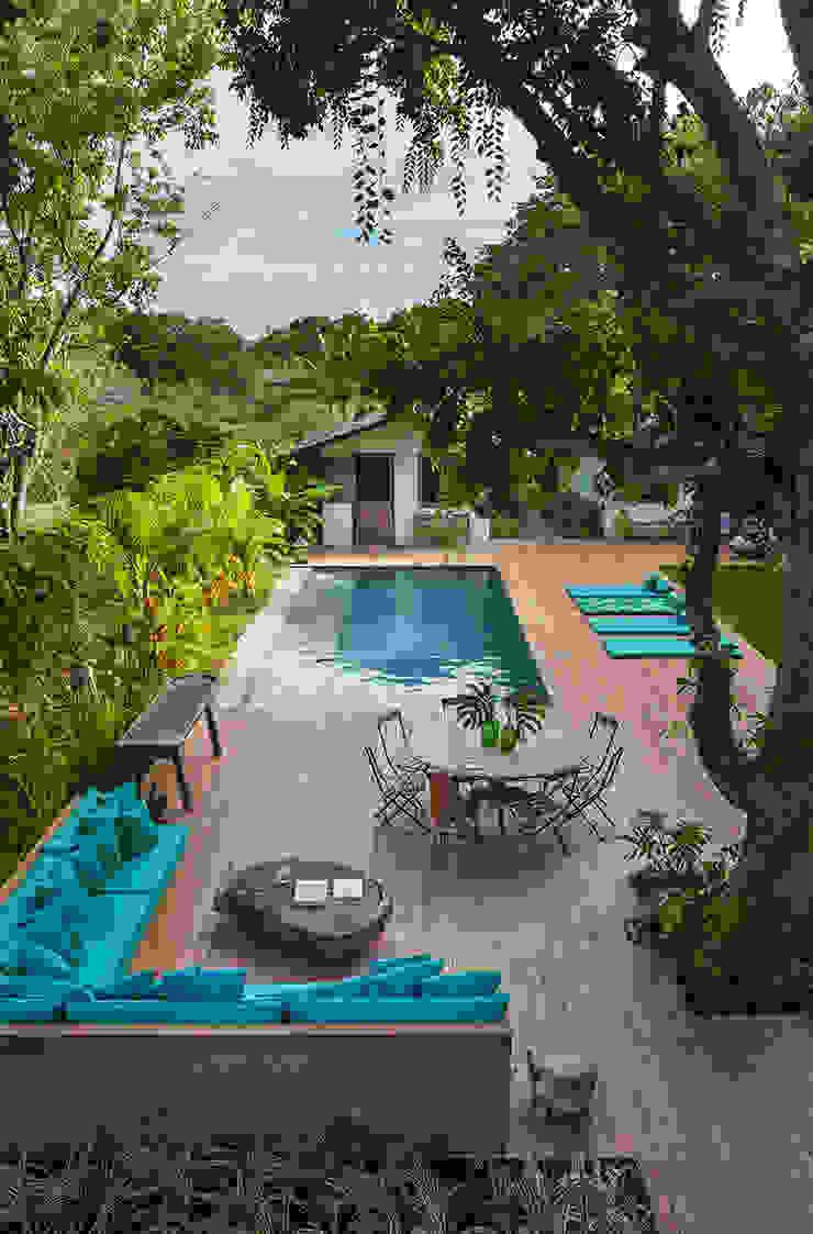 Vida de Vila Rustic style garden Green