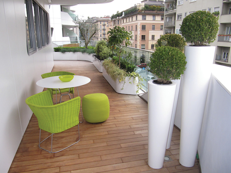 Modern style balcony, porch & terrace by damiano Modern