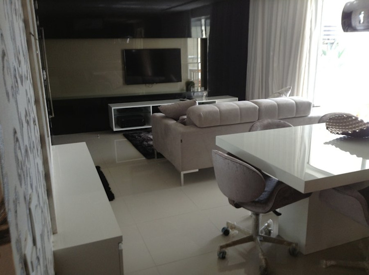 Desenho e Decoração de Apartamento no Bairro de Fátima, Fortaleza Salas multimídia modernas por 4R Arquitetura Moderno