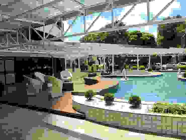 Paisaigismo para Exterior de Edifício Comercial em Fortaleza. Espaços comerciais clássicos por 4R Arquitetura Clássico