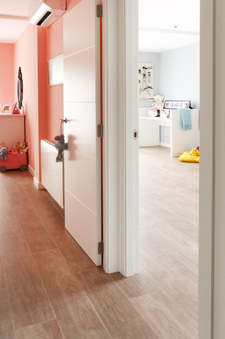 Modern Corridor, Hallway and Staircase by acertus Modern