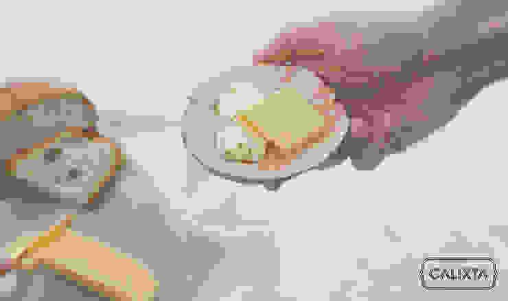Pan y queso. de Calixta Moderno Cerámica