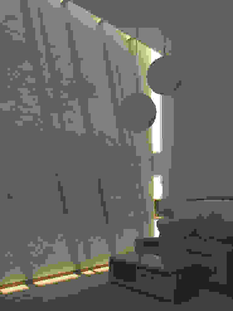 higashikurume kh-house モダンデザインの リビング の 株式会社コヤマアトリエ一級建築士事務所 モダン