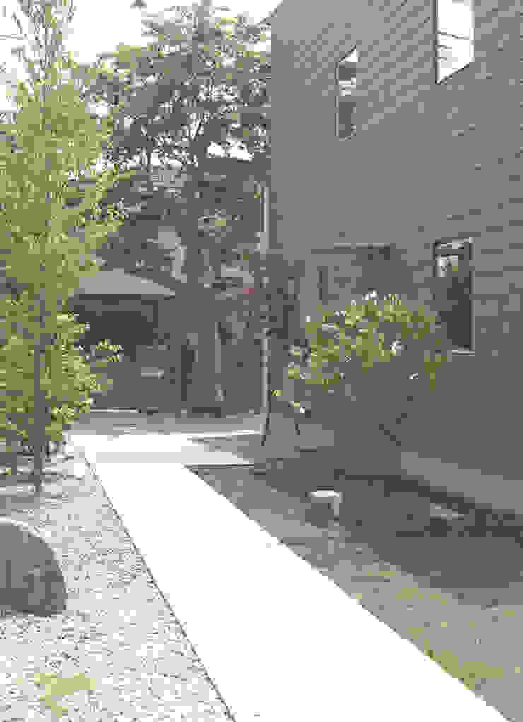 higashikurume kh-house モダンな庭 の 株式会社コヤマアトリエ一級建築士事務所 モダン