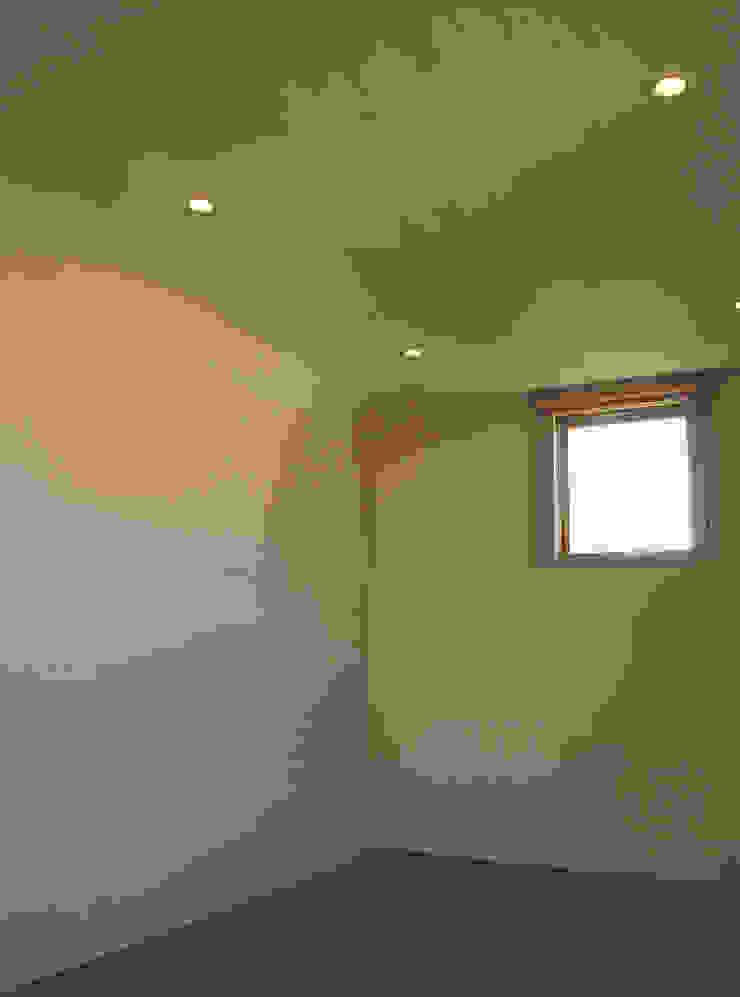 higashikurume kh-house モダンスタイルの寝室 の 株式会社コヤマアトリエ一級建築士事務所 モダン