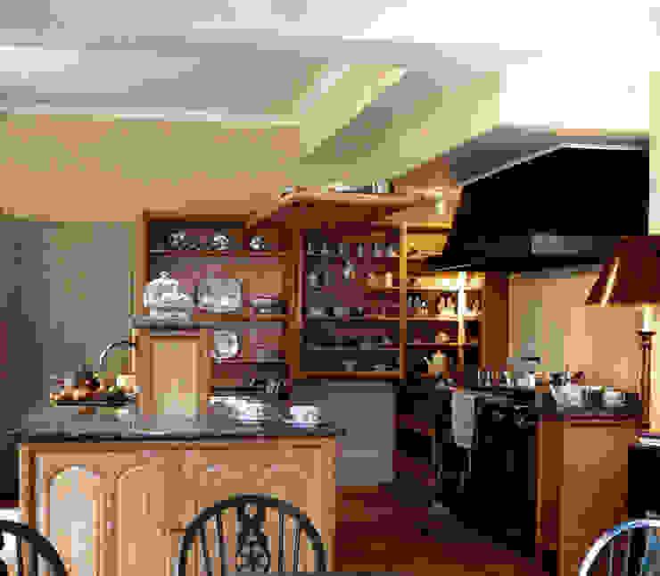 Cocinas de estilo  por Tim Wood Limited, Ecléctico Madera Acabado en madera