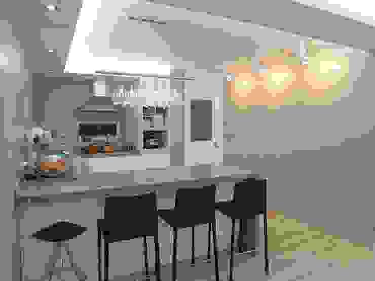 실용적인 수납과 공간활용 32py 모던스타일 주방 by 홍예디자인 모던