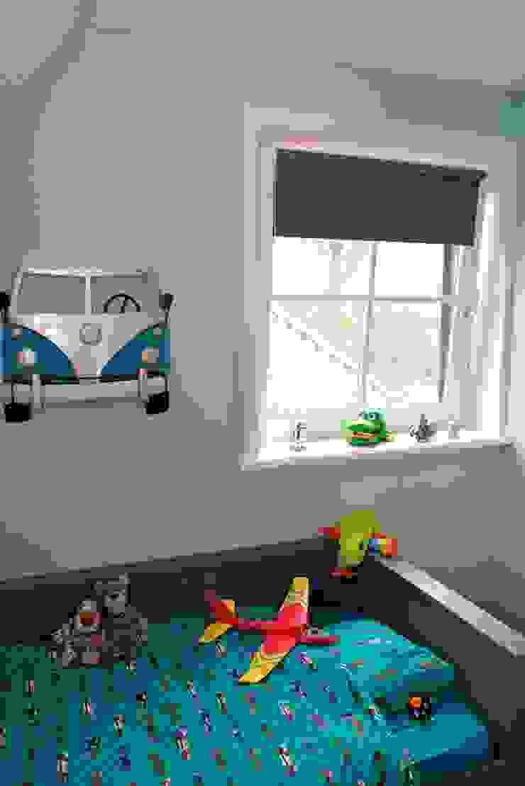 Decoratie bij bed Moderne kinderkamers van Aangenaam Interieuradvies Modern