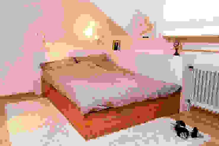 Geborgen Moderne Schlafzimmer von Raumagentur - ArteFakt Modern
