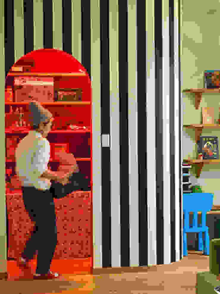 パパママハウス株式会社 Cocinas de estilo minimalista