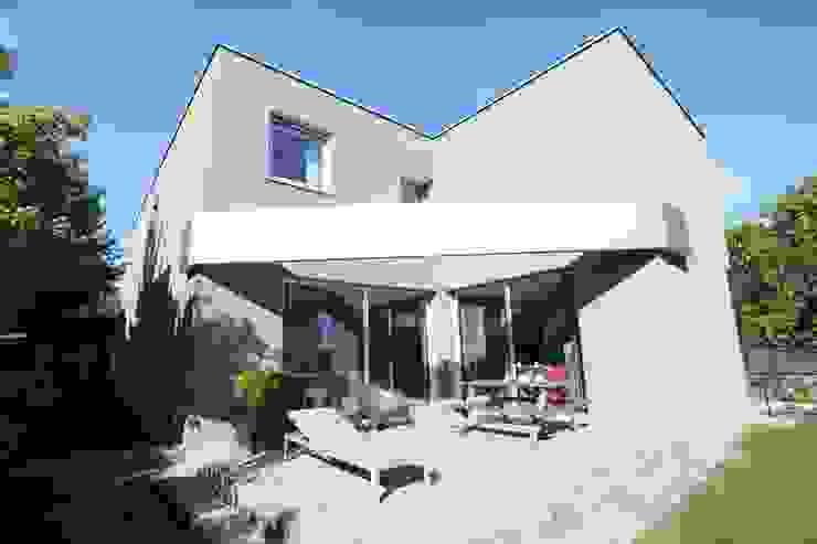Gartenfassade Moderne Häuser von Neugebauer Architekten BDA Modern