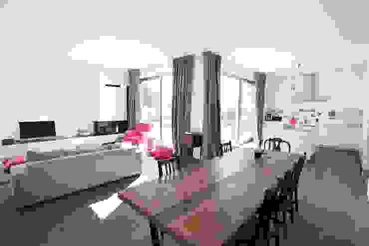 Wohn- Esszimmer Küche Moderne Esszimmer von Neugebauer Architekten BDA Modern
