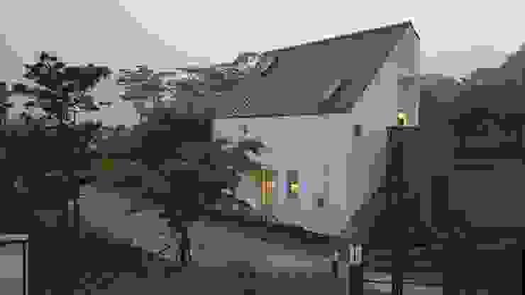 Modern houses by 건축사사무소 스무숲 Modern