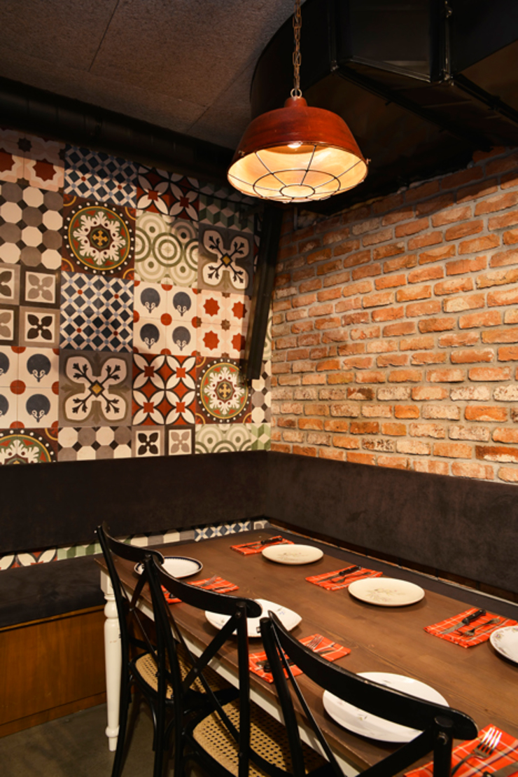 Karosiman / La Boom Cafe Minimalist Duvar & Zemin Karosiman Desenli Yer Karoları Minimalist Taş