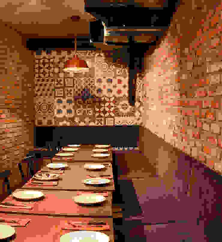 Karosiman / La Boom Cafe Klasik Duvar & Zemin Karosiman Desenli Yer Karoları Klasik Taş