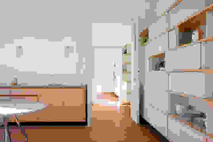 모던스타일 벽지 & 바닥 by dietrich + lang architekten 모던 대나무 녹색